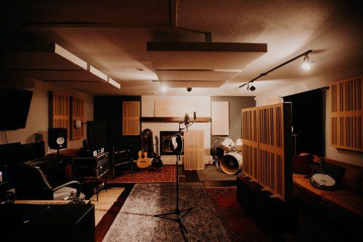 MRStudios GIK Acoustics Alpha Pro 1D